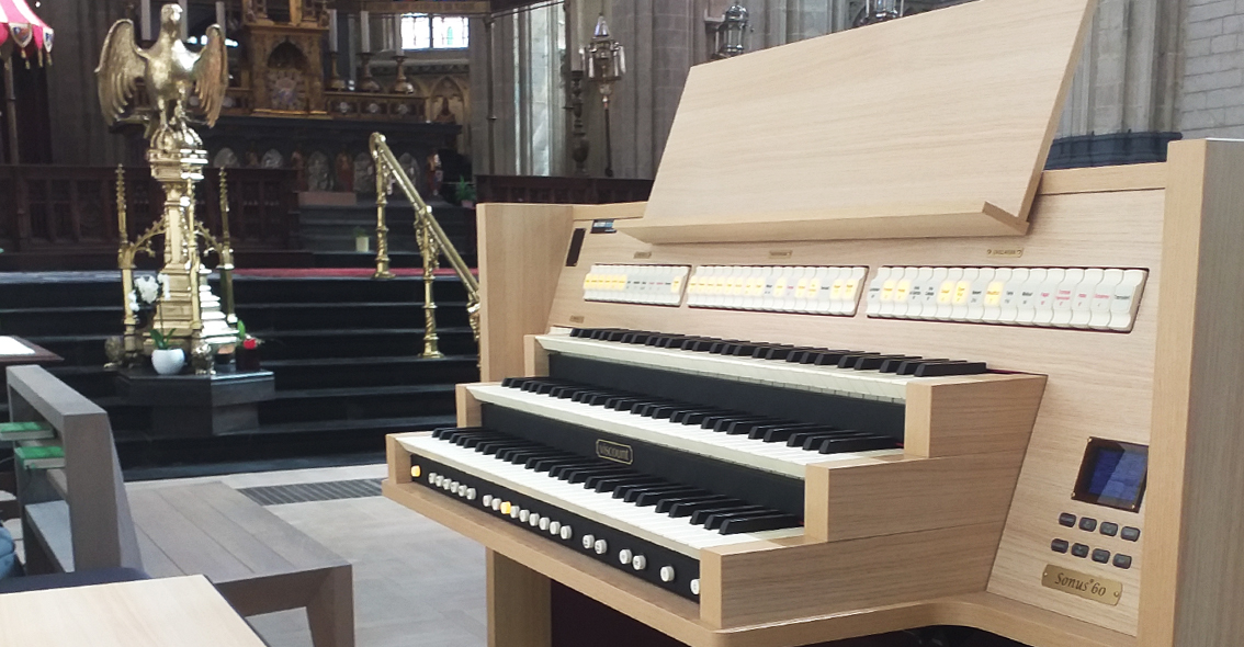 Viscount Sonus 60 in Basiliek te Halle
